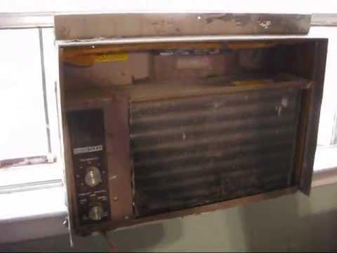 Vintage 5 000 Btu Western Auto Window Air Conditioner