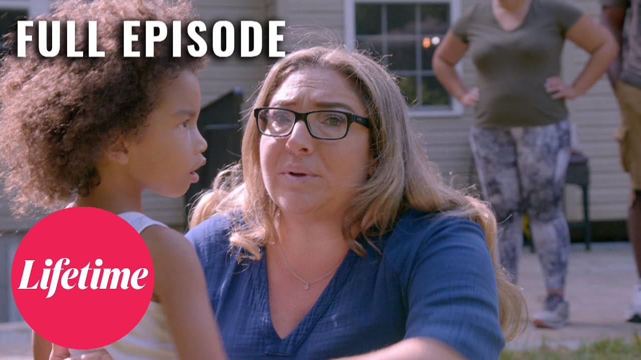 Download 4-Year-Old LOCKS Her Parents Out of the House - Supernanny (S8, E7) | Full Episode | Lifetime