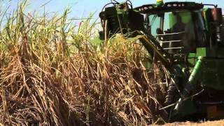 Video John Deere - Colhedoras de Cana CH570 e 670 download MP3, 3GP, MP4, WEBM, AVI, FLV November 2017