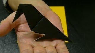 Origami 'crow'. 折り紙 カラスの折り方