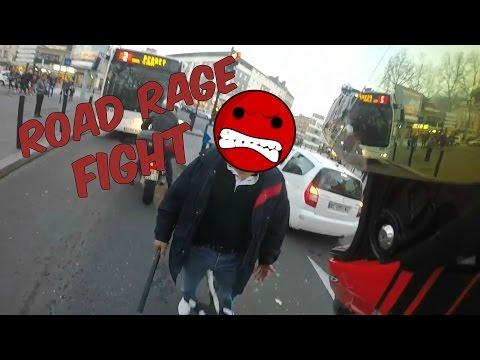 | EPIC ROAD RAGE | IVRE, IL M'ATTAQUE AVEC UNE MATRAQUE