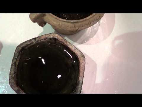 Вопрос: Как покрасить керамические горшки?