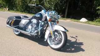 Road King Classic - Birch White / Midnight Pearl