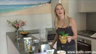 Miss World Australia Caroline Pemberton With The Riolife Acai Berry Crush Smoothie Recipe