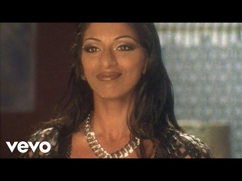 Shweta Shetty - Main Dekhne Ki Cheez Hoon Video