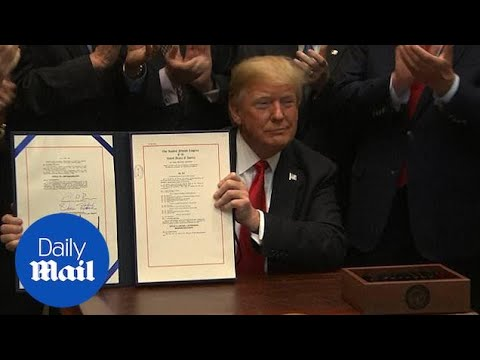 Trump signs Music Modernization Act for online music licensing Mp3