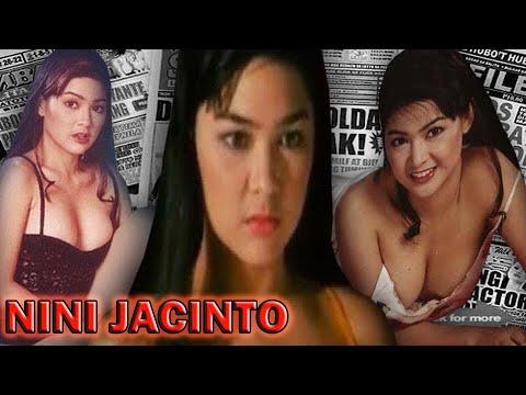 Nini Jacinto  nackt