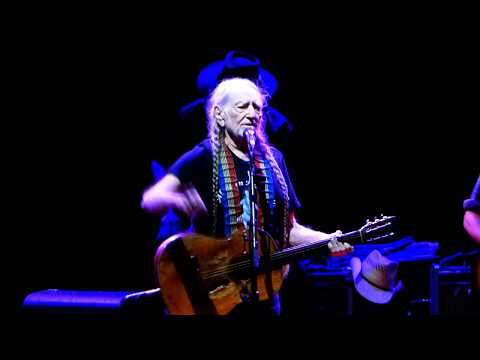 Always on My Mind - Willie Nelson @ Blossom Music Center, Sep. 15, 2017 (live concert)