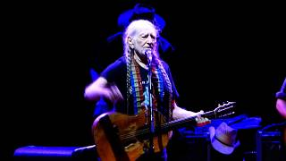 always on my mind   willie nelson blossom music center sep 15 2017 live concert