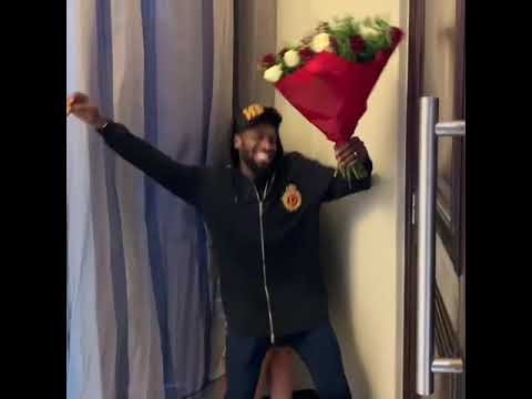 LINEO OYEBANJO, WIFE OF  POPULAR NIGERIAN CELEBRITY  D'BANJ RECEIVES A VALENTINE GIFT FROM A STRANGER
