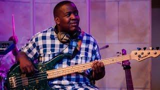 "Stacy Egbo ""Hallelujah"" bass cover by Yosia Kalunda"