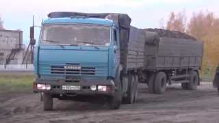 Грузовой тягач КАМАЗ.Тащит груз(, 2014-10-12T05:49:05.000Z)