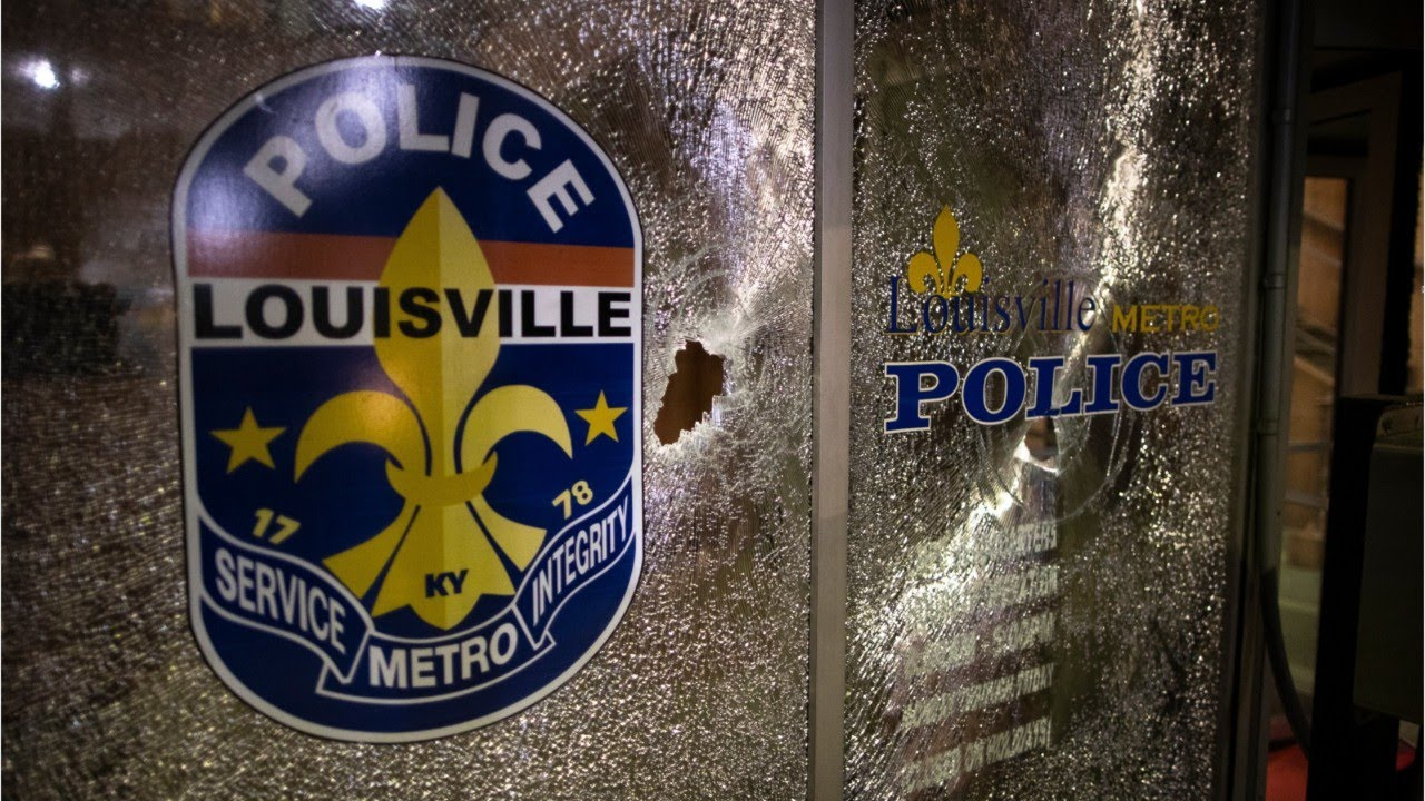 Louisville Police Left the Body of David McAtee on the Street for 12 ...