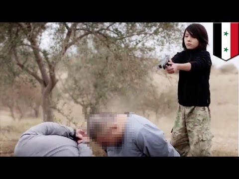 """""""Исламское государство"""" опубликовало видео казни двух """"русских шпионов"""" руками ребёнка"""