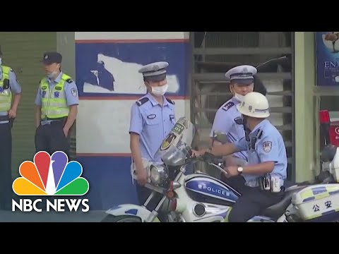 China Retaliates For Houston Consulate Closure By Taking Over U.S. Consulate | NBC News NOW