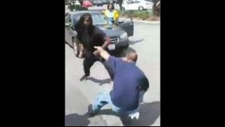 Damn: Couple Fights Man Over Dispute At Kedzie Mall In Chicago!