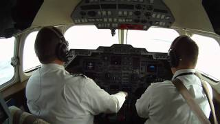 Hawker 800XP - Aspen Colorado Landing - Pilot