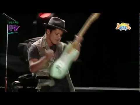 Bruno Mars - The Other Side (Summer Soul Festival 2012)