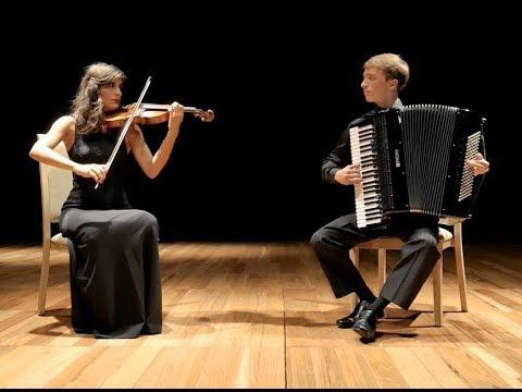 Libertango: Astor Piazzolla - Libert Duo Violino e Acordeon // Music Vídeo (4K - Full HD - HD)
