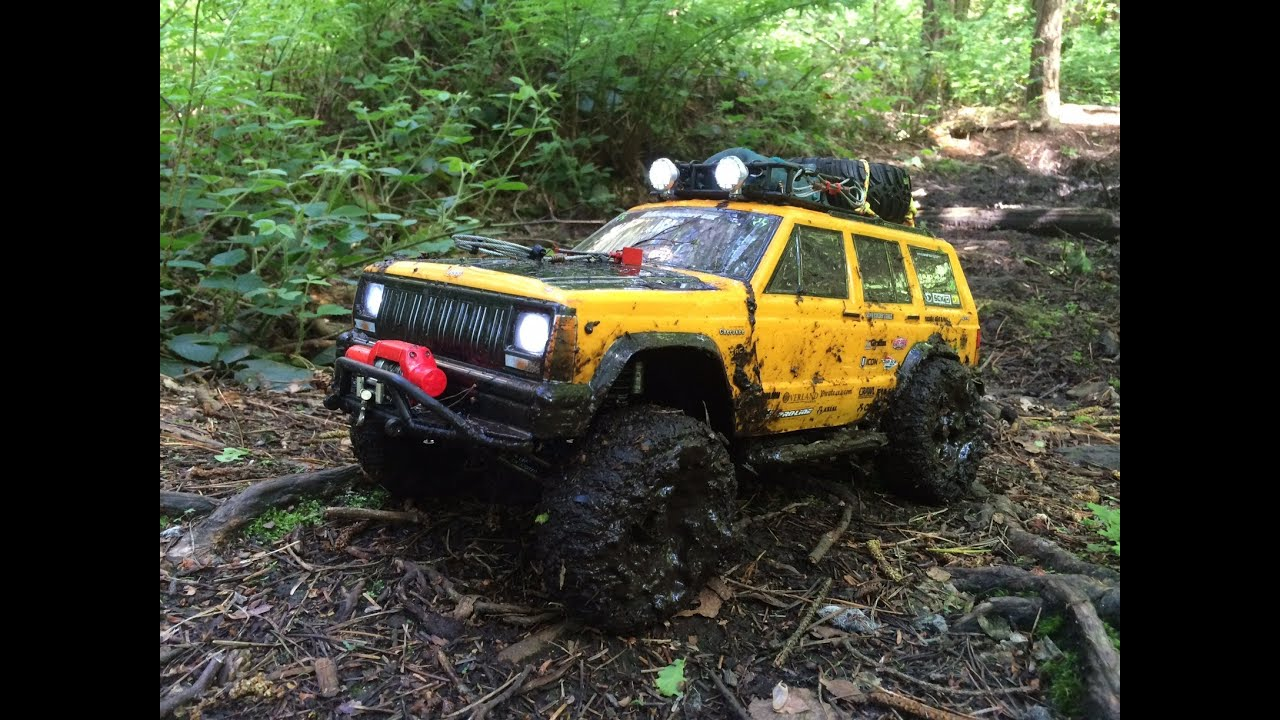 Axial Scx10 Jeep Cherokee Muddy Forest Trail Youtube