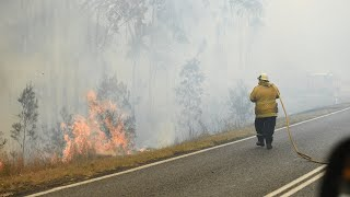 Qld fires 'preyed upon by vultures' of climate movement