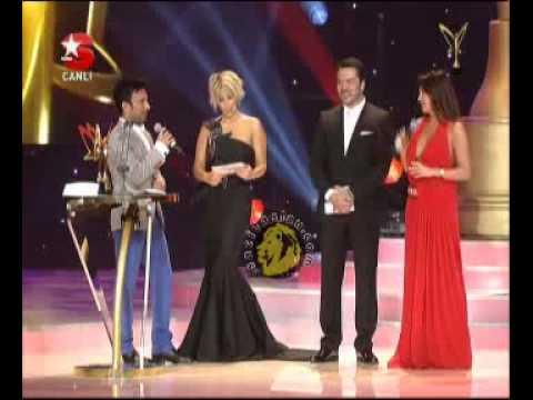 Tarkan-Altın Kelebek' ödül Gecesinde Tuba Ekinci Skandalı!