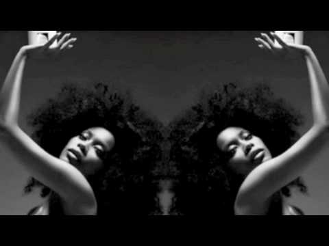Erykah Badu Love of my life Remix Ft Queen Latifah, Angie Stone and Bahamadia.