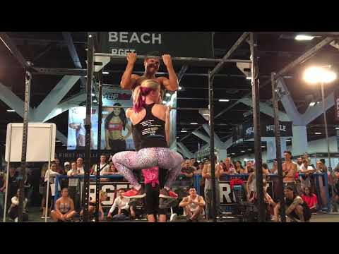 Strong Calisthenics Girl Power with World Record Holder💥