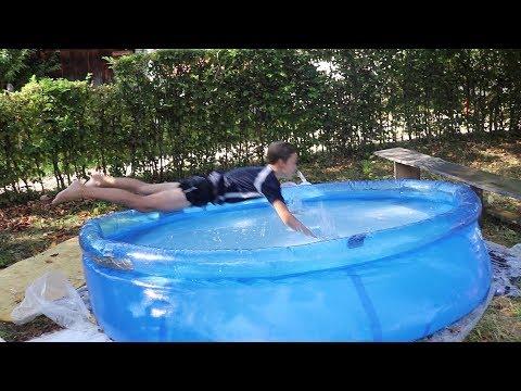 Brutalni skokovi u bazen !