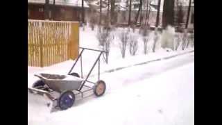 Снегоуборочная машина,ручная сборка 2014год.(, 2014-01-16T20:18:11.000Z)