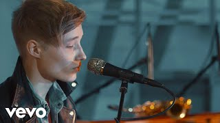 Isac Elliot ft. Satin Circus - Parachute