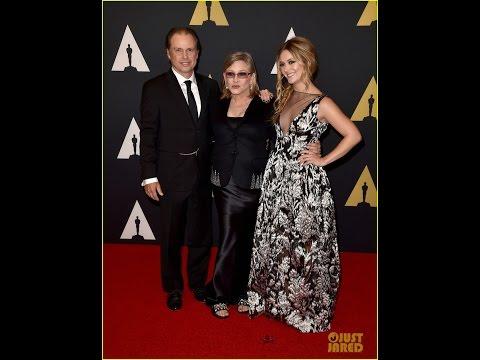 Billie Lourd Accepts Her Grandma Debbie Reynolds' Honorary Oscar