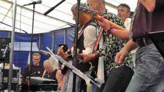 Ficky Stingers - You can't always get what you want@ hippiefestival Gorinchem 2012