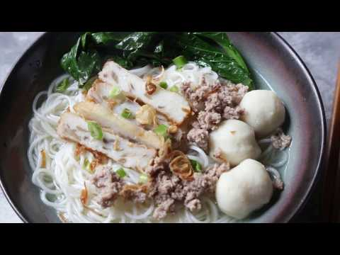 Easy Fish Ball Noodle Soup