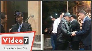 عمرو عبد الجليل وإيهاب فهمى وسليمان عيد فى عزاء المؤلف عبد الله حسن ووالدة طارق عبد العزيز
