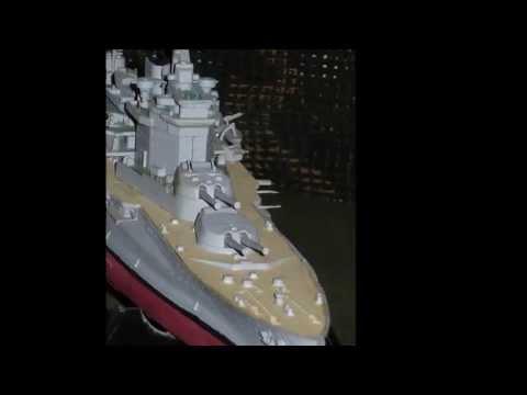 Maquette des cuirassés HMS Royal Sovereign et HMS Warspite