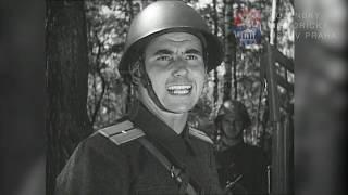 Převoz střeleckého útvaru na autech (1954)