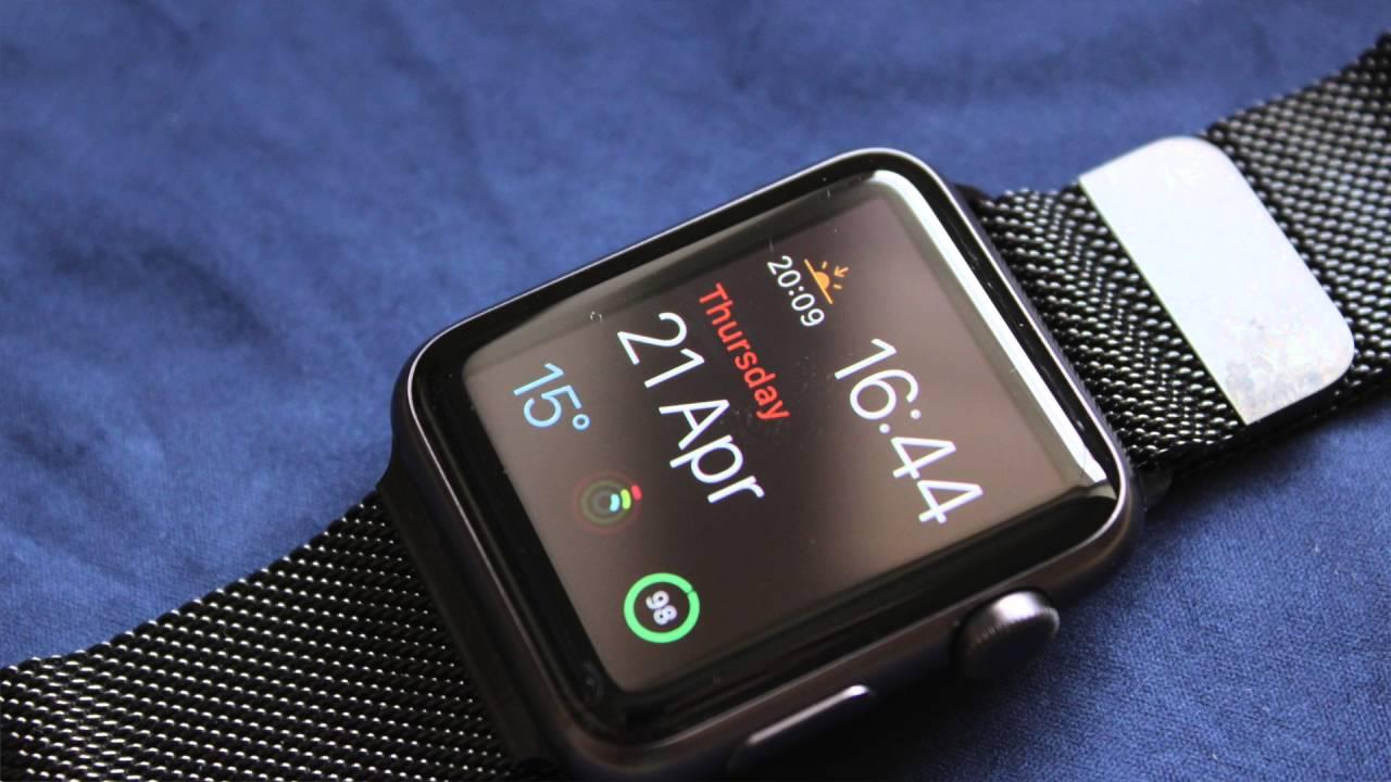 Apple Watch Space Black 42mm Milanese Loop - YouTube