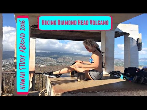 HIKING DIAMOND HEAD VOLCANO - Hawaii Study Abroad VLOG (May 20, 2016)