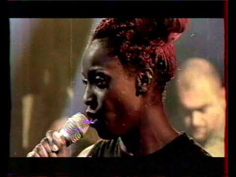 Morcheeba - Blindfold (NPA live, 1998)