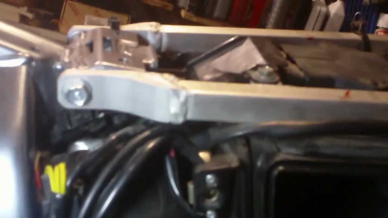 ( # 2 ) how to install a 39mm fcr carb into a drz 400 ( part 2 )