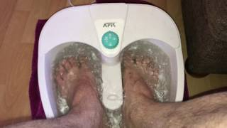 How to take a warm feet bath how to use a footbath and spa DIY