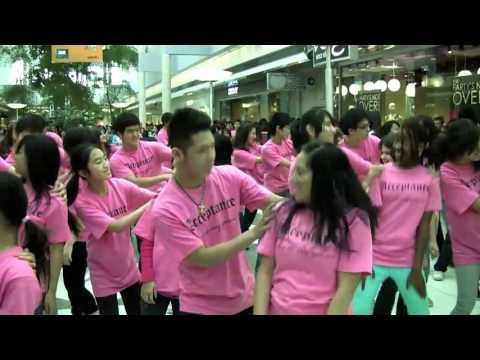 Танцевальный флэшмоб в защиту человеческой личности. Канада, Ванкувер. 2011г.