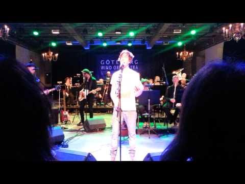 Timo Räisänen och Göteborg wind orchestra - Eiffeltornet (Ted Gärdestad) Kronhuset, april 2014 mp3