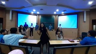 IIT bombay fresher's party awesome group dance by M.Sc. students
