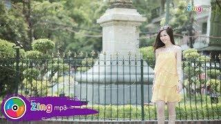Nụ Hôn Trong Mơ - Võ Hạ Trâm (MV Lyric)