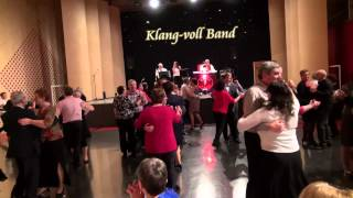 Silvester 2014 Klang voll Band in der Paartalhalle Kissing Teil 1