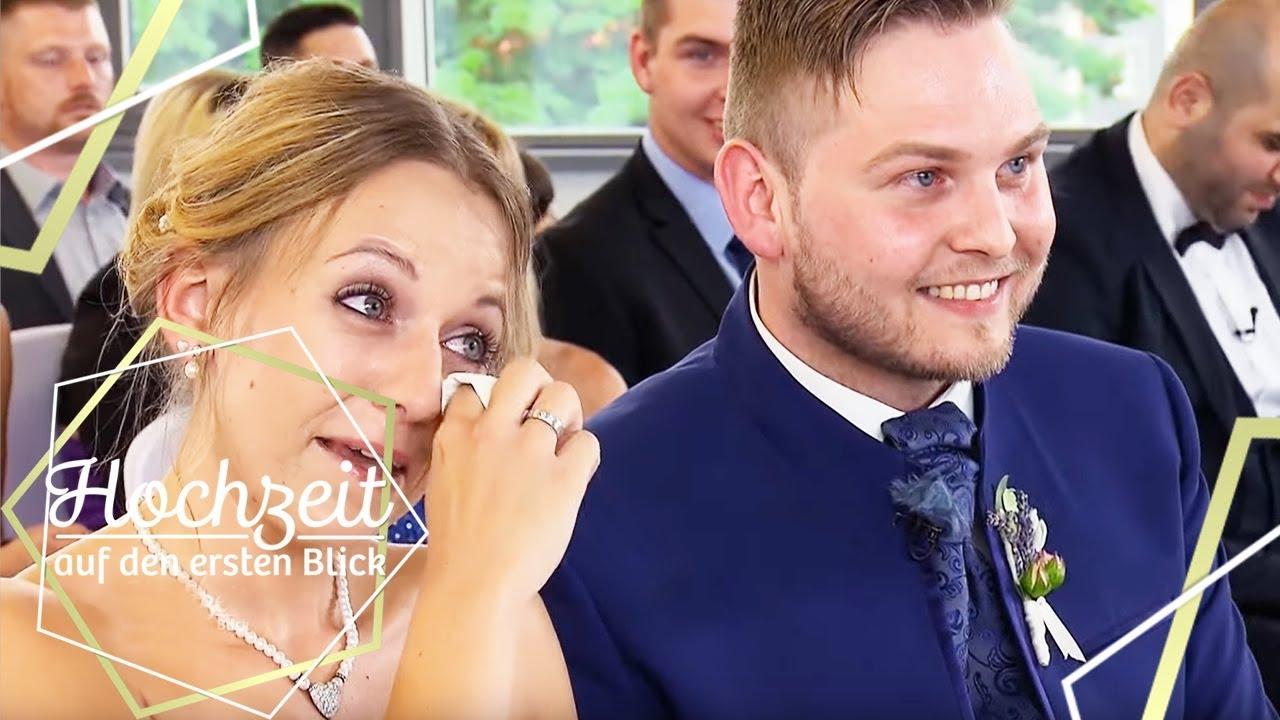 Christina Marcel Der Grosse Moment Im Standesamt Hochzeit Auf Den Ersten Blick Sat 1 Youtube