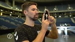 Nationalspieler Fabian Wiede checkt den Handball-WM-Spielort Berlin