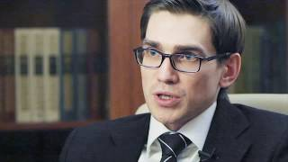 Грамотный юрист(Грамотный юрист -- фактор успеха Проекта. Не рискуйте на юристах. Даже в венчурном проекте. О роли юриста..., 2012-06-06T17:00:34.000Z)